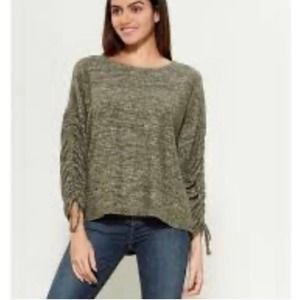 Alkamy Olive Hacci Ruched Sleeves Green Top Small